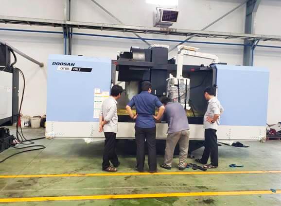 Vinamachines lắp đặt máy phay CNC cỡ lớn